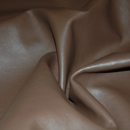 A3A Brown Upholstery Cow Hide Leather Skin / Furniture
